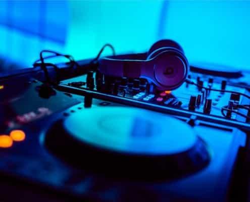 Hochzeits DJ Oberösterreich Linz Hallstatt Hochzeits-DJ OÖ Turntable