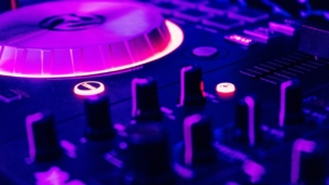 DJ Innsbruck Hochzeit Event Party Firmenfeier Geburtstag